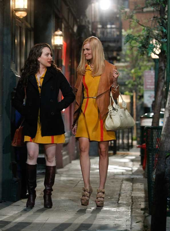 Kate Dennings (left) and Beth Behrs (right) on 2 Broke Girls. Credit/CBS 2011